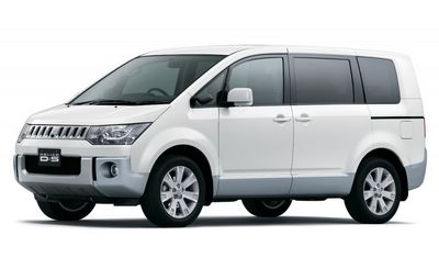 Технические характеристики mitsubishi delica star wagon exceed crystal light roof (мицсубиси делика стар вагон еxкеед кристал лигхт рооф) старый